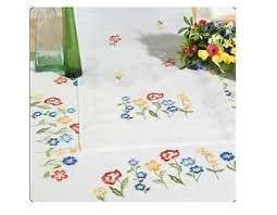 """SONDERANGEBOT!!! Komplette Stickpackung für eine vorgezeichneten Tischdecke 80 x 80 cm \""""Bunte Blumenwiese\"""""""