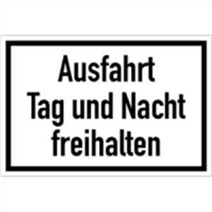 schild ausfahrt tag und nacht freihalten 20x30cm pvc. Black Bedroom Furniture Sets. Home Design Ideas