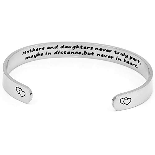 DTWAWA Silber Damen Armband mit Gravur The Love Between A Mother and Daughter Knows No Distance Inspiration Frauen Armreif