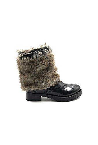 CHIC NANA . Chaussure femme bottine en similicuir, style richelieu avec fourrure amovible.