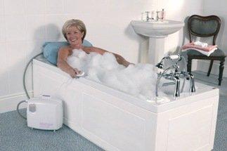 Duschsitz mit Armlehnen Nielsen Line–verfügbar in anderen Versionen