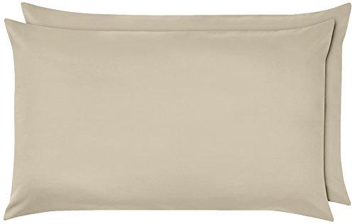 AmazonBasics - Funda de almohada de microfibra, 2 unidades, 50 x 80 cm - Beige