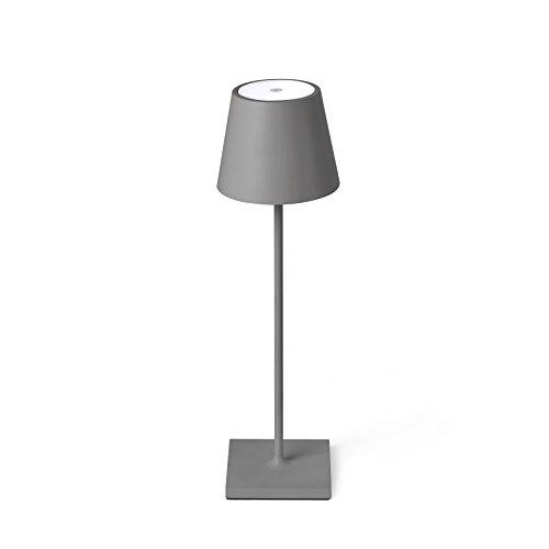 TOC es una lámpara de sobremesa portátil gris. Tiene fácil encendido gracias al sistema Touch System. Es ideal para iluminar jardines y terrazas.