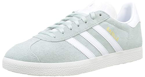 adidas Gazelle, Zapatillas de Gimnasia para Hombre, 37 1/3 EU, Verde (Vapour Green/Ftwr White/Crystal White)