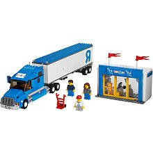 lego-city-toys-rus-truck-7848