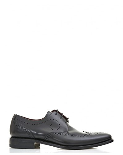 loake-punch-detail-leather-shoes-9-black