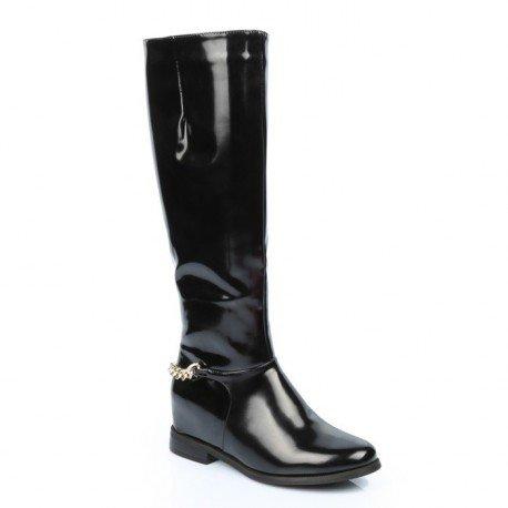 Ideal Shoes - Bottes vernies avec ceinturon type chaîne Leah Noir