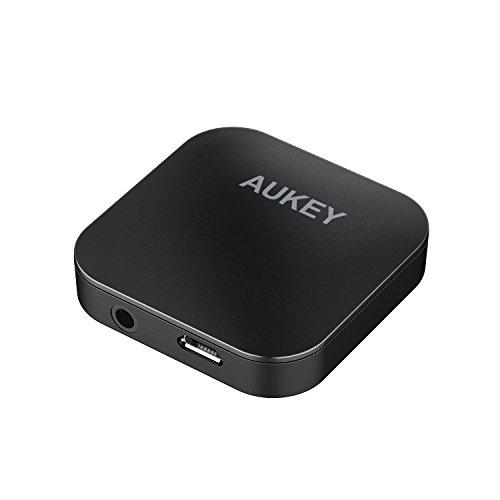AUKEY Trasmettitore e Ricevitore Bluetooth 4.1 con aptX, Doppio Link, Mini Adattatore Portatile Wireless 2 in 1 con Jack Audio da 3,5mm per Cuffie, Sistemi Sterei, Altoparlanti, TV, Computer e altri...