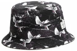 caylers-Sons-SAVIOR-Bucket-Hat-Schwarz