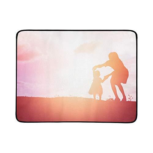 WOCNEMP Silhouetten Mather kleine Tochter gehen Sonnenuntergang tragbare und Faltbare Decke Matte 60x78 Zoll handliche Matte für Camping Picknick Strand Indoor Outdoor Reise