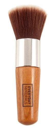 everyday-minerals-flat-top-brush-by-everyday-minerals