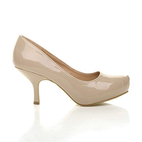 Damen Kleiner Mittel Absatz Versteckte Plateau Arbeit Fesch Schuhe Pumps Größe Lackleder Beige
