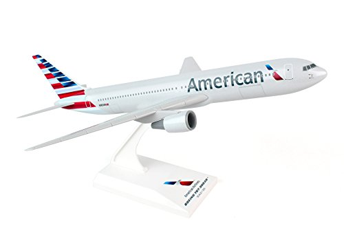 Daron Skymarks American 767-300 New Livery Model Kit (1/200 Scale)