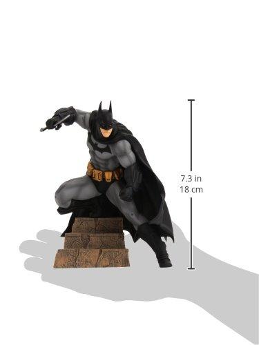 Warner Bros. DC Comics - Figura de acción Batman (KOTOBUKIYA MAR142128) - Figura Batman Arkham City 16 cm 3
