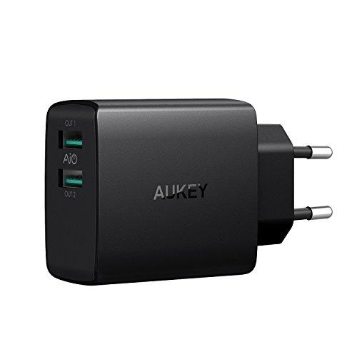 Galleria fotografica AUKEY Caricatore USB da Muro e AiPower Tecnologia a 2 Porte 24W 4,8A Caricatore USB con Output Massima fino a 2,4A, Compatto per iPhone X / 8 / 8 Plus, iPad Air / Pro, Samsung Galaxy, LG, HTC ecc.