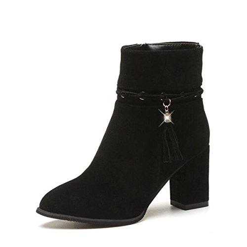 Scarponi stivali in pelle scamosciata in tubo con i modelli in autunno e inverno con chiusura laterale alla moda delle donne black