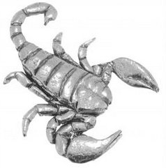 gift-boxed-pewter-scorpion-badge-pin-or-brooch-gift-for-scarf-tie-hat-coat-or-bag
