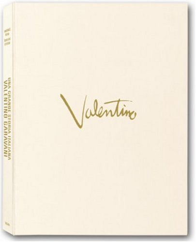 Valentino: Art Edition PDF Books
