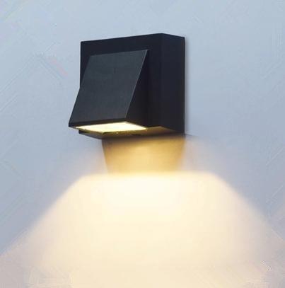 Modern LED Wandleuchte Vintage Retro Café Loft. LED quadratische Wandleuchte im Freien wasserdichte Türleuchte Balkon Treppenhaus Gang Hof Außenwand Landschaft Treppe, warmweißes Licht 3W -