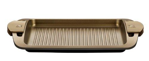 Bra, Terra, Piastra rigata in alluminio pressofuso con rivestimento antiaderente in teflon e maniglie in silicone, 40 cm