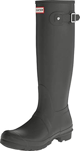 The Hunter Men's MFT9000RMA Boots are slip-on wellingtons that are perfect for those looking for a more premium pair of boots for going to the festival. These boots are made specifically for men and therefore they offer larger sizes compared to the women's version of these boots. The boots are made of rubber that allows the textile interior that keeps your feet dry and allows air circulation. To fit the wearer's calf well, the boots are fitted with a buckle that can be adjusted.