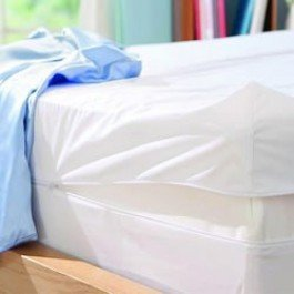 Fully Encased Waterproof Anti-Bed Bug Mattress Protector-135x190x25cms Double bed. - inexpensive UK light shop.