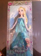 Elsa Frozen de DISNEY CLASSIC DOLL COLLECTION