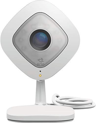 Arlo Q Smart Home HD-Überwachungskamera (2-Wege-Audio, Geräusch-/Bewegungssensor, Nachtsicht, 130 Grad, 8-Fach Zoom, 24/7 Aufnahme, 1080p, WLAN) weiß, VMC3040