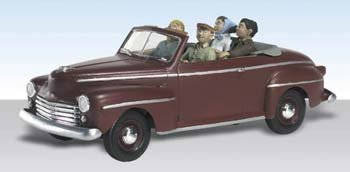 Sunday Drive 1940's Ford Convertible w/Figures N Scale Woodland by Woodland Scenics