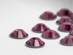 Strasssteine Hotfix von Swarovski Elements / SS 6 (2.0mm), Burgundy, RESTPOSTEN, 200 Stück
