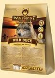 Wolfsblut Wild Duck Small Breed Trockenfutter für Kleine Rassen mit Ente und Kartoffeln Probierpack 2 kg + 3 x 200g Wolfsblut Wild Duck Dosen