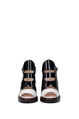 8K5270XE2F068Z Fendi Sandale Femme Cuir Verni Noir Noir