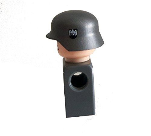 Modbrix 7649 – 10 x Custom Wehrmacht Helm für LEGO® Figuren, olivgrün mit Abzeichen auf beiden Seiten - 2