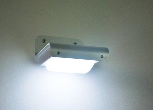 Plafoniere Per Esterno Con Sensore Di Movimento : Luci da esterno con sensore led groupon