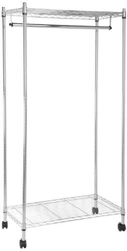 Foto de AmazonBasics - Perchero con estantes superior e inferior (cromado)