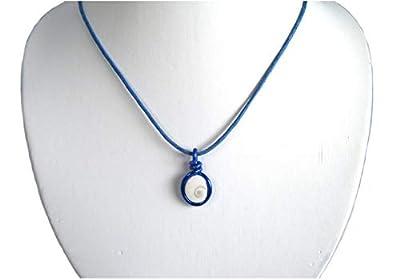 Pendentif bleu sur cordon réglable/Oeil de sainte Lucie le porte bonheur/Eye of Saint Lucia - blue pendant