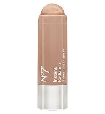 no7-instant-radiance-bronzing-highlighter