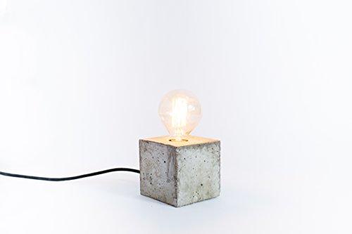 lampe-beton-zement-lampe-design-handgefertigt-lampe-tischlampe-lampe-stockholm-freies-verschiffen