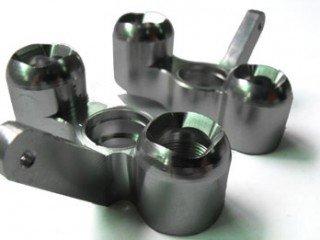 Mozzi in Alluminio SX e DX x Modelli 1:8 Off road VRX 85925