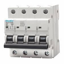 Interruptor automático 4P 25A