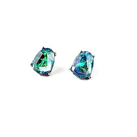 Clous d'oreille type opales bleues argentées