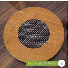 1 Unit PVC insulated Bamboo Placemat Heat pad, heat insulation pad bowl pad pot holder, anti-hot disc pad insulated bamboo Heat pad.Bamboo round heat pad, heat mat bowls, kettles coasters. Add beauty to your dining table with this Natural Bamboo Heat pad. Also Eco-friendly to protect environment.