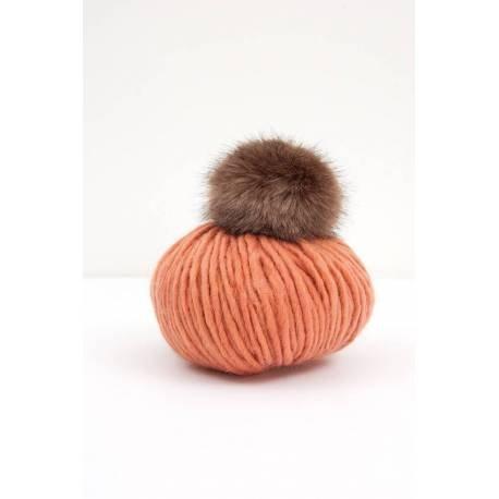 Rico Design Wild Wild Wool Häkelset Mütze inkl. Pompon, Häckelnadel, Webetikett...