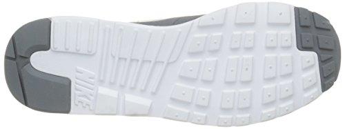 Nike Air Max Tavas, Scarpe da Ginnastica Uomo Grigio (Grau/Weiß)