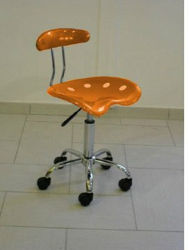 Sedia poltroncina mod. Nice colore arancio pistone a gas seduta in ABS cromata
