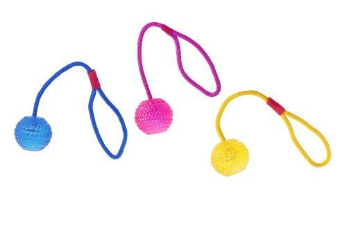 Karlie Flamingo 46951 Hundespielzeug Tpr Ball mit Wurfseil Farblich Sortiert Durchmesser 7 cm