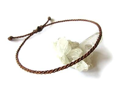 Bracelet corde/fil Marron Deux Tons (Clair et Foncé). Porte chance/Brésilien/Simple. Fait avec du fil ciré et ajustable. Réf.#Bi17