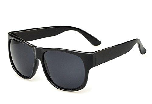 Perforierte Sonnenbrille mit quadratischem Gestell und 55 mm breiten Gläsern von Oath-song., mehrfarbig