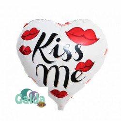 Globo Kiss Me GaldaParty globo con forma de corazón de 51 x 47 cm. Se puede inflar con Helio o aire.