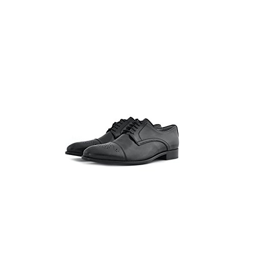 Scarpe classiche stringate Soldini in pelle(vitello spazzolato) nera, puntale con lavorazione stile inglese, sottopiede e fodera interna in pelle e fondo in cuoio.